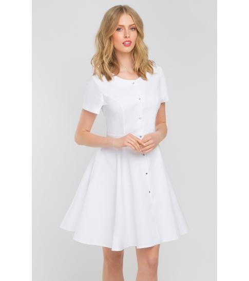 Sukienka medyczna z baskinką biała-387
